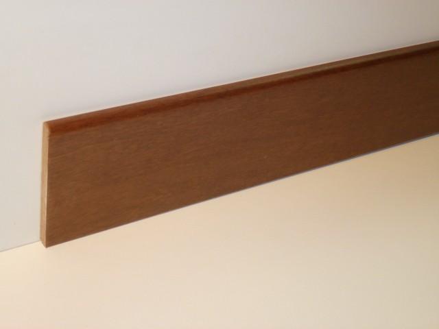 Battiscopa Tanganica verniciato  80 x 10 x 2400 mm.